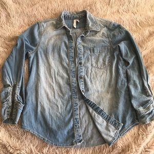 🌱BCBG 3/4 sleeve denim shirt - zipper detail 🌱